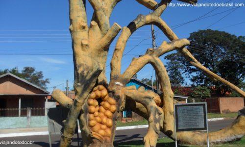 Jateí - Monumento das Abelhas