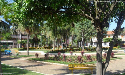 Laranja da Terra - Praça Carlos Tesch