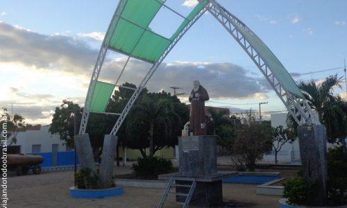 Lastro - Praça Frei Damião