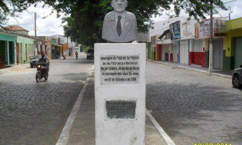 Major Isidoro - Estátua em homenagem ao patriarca da cidade