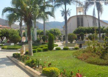 Mantenópolis - Praça Dom Luiz
