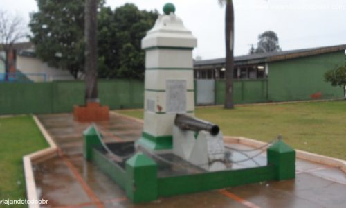 Nioaque - Praça dos Heróis