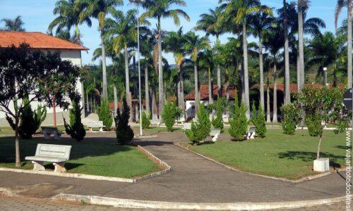 Nova Aurora - Praça da Igreja de São Sebastião
