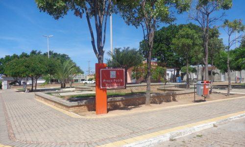 Olho-d'Água do Borges - Praça Pedro Feliciano