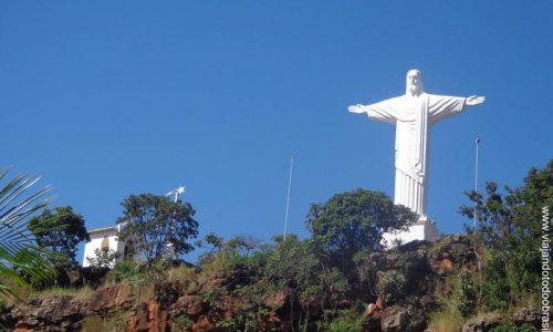 Paraúna - Imagem em homenagem ao Cristo Redentor