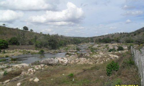 Paulo Jacinto - Rio Paraíba quase seco