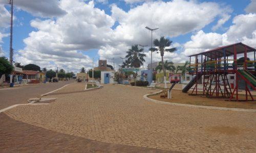 Pedra Grande - Praça Monsenhor Freitas