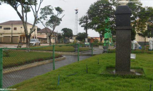 Pedro Canário - Praça da Matriz