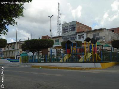 Ibicuitinga - Brinquedopraça