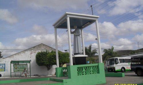 Poço das Trincheiras - Praça Padre Cícero