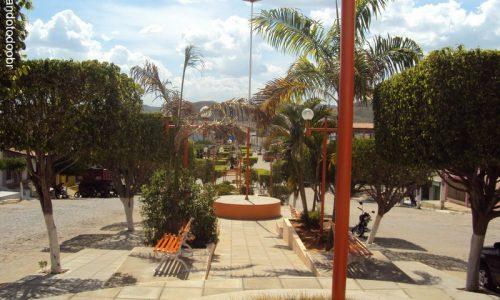 Quixaba - Praça da Igreja Matriz de São Sebastião