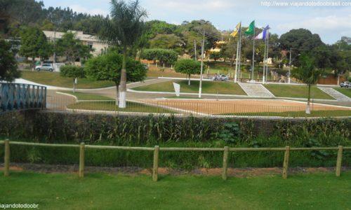 Rio Bananal - Praça próximo ao Centro de Eventos