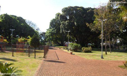 Rio Brilhante - Praça Dr. Boa Ventura
