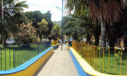 Salgadinho - Praça Gilberto Gouveia