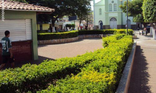 Santa Cruz da Baixa Verde - Praça da Igreja Matriz de Nossa Senhora do Perpétuo Socorro