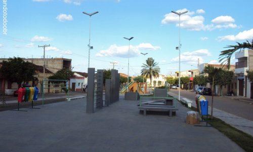 Santa Cruz - Praça da Igreja Matriz da Venerada Santa Cruz