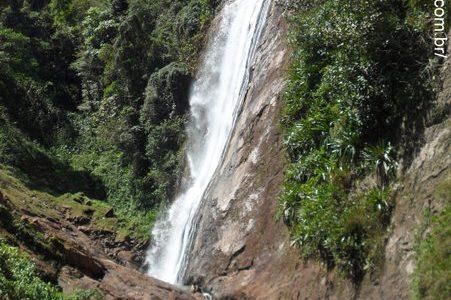 Santa Leopoldina - Cachoeira Véu de Noiva