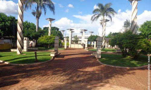 Santa Rosa de Goiás - Praça Nossa Senhora D'Abadia