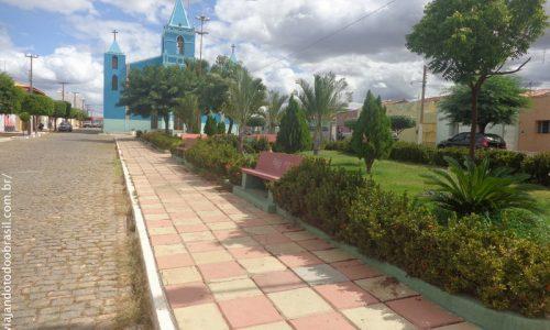 Santana dos Garrotes - Praça da Igreja Nossa Senhora de Santana