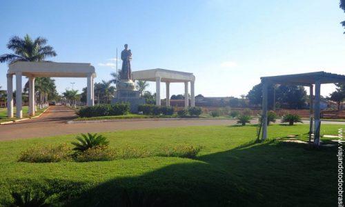 Santo Antônio de Goiás - Pórtico na entrada da cidade