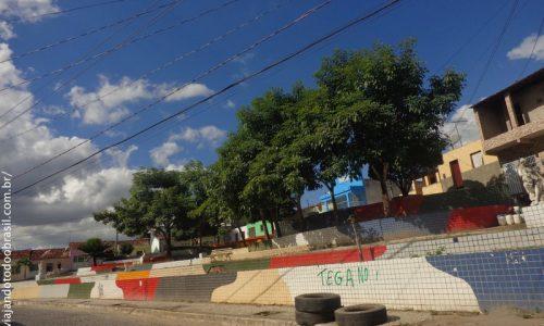 Serra Redonda - Praça do Morro