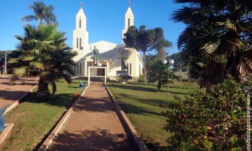 São João D'Aliança - Praça da Igreja de São João Batista