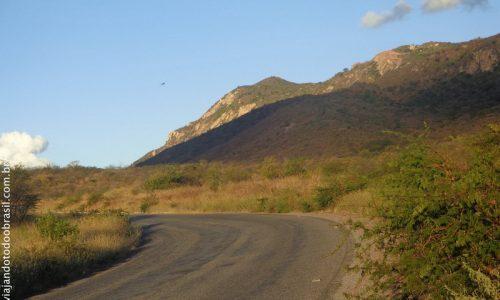 São José do Bonfim - Serra com a Pedra do Tendó