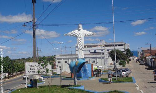 São Sebastião de Lagoa de Roça - Praça do Cristo