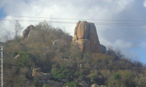 Sumé - Formações rochosas na serra da cidade