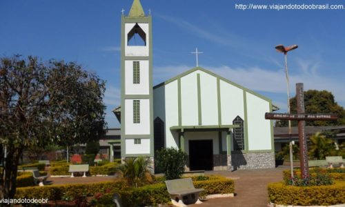 Taquarussu - Igreja de Nossa Senhora Aparecida