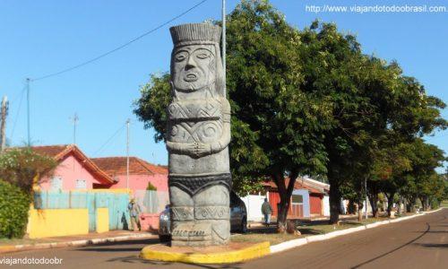 Terenos - Estátua Indígena