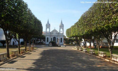 Três Lagoas - Praça da Igreja de Santo Antônio