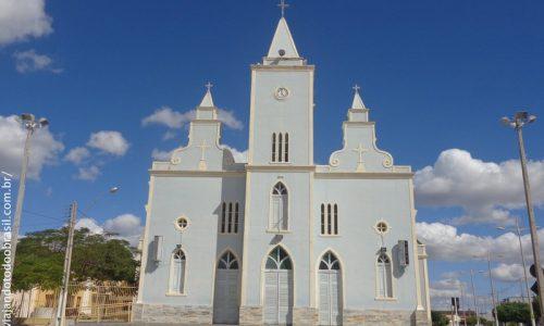 Uiraúna - Igreja Matriz Sagrada Família