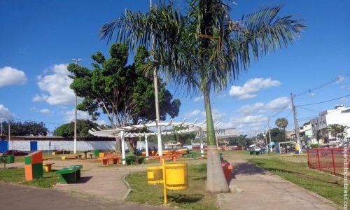 Varjão - Praça